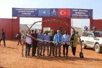DENİZ FENERİ - Türkiye Dünyanın Dört Bir Yanında Yardıma Muhtaç İnsanların Yüzünü Güldürüyor