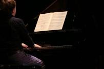 KLASIK MÜZIK - Yazdığı Piyano Konçertosunu Maltepe'de Seslendirdi