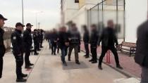 Adana'da Polise Zorluk Çıkaran 6 Kişi Tutuklandı