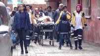 Diyarbakır'da Anne İle Kızı Bacaklarından Vuruldu