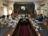 PIYADE - Kaymakam Dundar, Sınır Güvenliği Toplantısına Katıldı