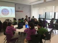 ROBOTLAR - Öğrenciler 'Kardeş Okul' İle Birlikte Geleceğin Dilini Öğreniyor