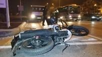 KANBER - Samsun'da Tıra Çarpan Motosiklet Sürücüsü Ölümden Döndü