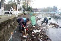 SAPANCA GÖLÜ - Sapanca Gölü Sahilinden 3 Kamyon Çöp Çıktı