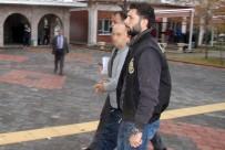 ISPARTA BELEDİYESİ - Şehitler Parkı'ndan 9 Büst Çalan 3 Şüpheliden 2'Si Yakalandı