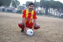 GÜLDEREN - Sosyal İmam Açıklaması Camide İmam, Sahada Futbolcu
