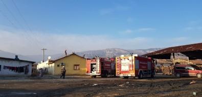 Tuğla Fabrikasında İşçilerin Kaldığı Evde Yangın Tehlikesi