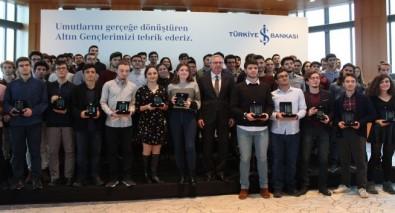 Türkiye'nin Altın Gençleri ödüllendirildi