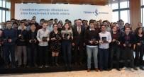 İŞ BANKASı - Türkiye'nin Altın Gençleri ödüllendirildi