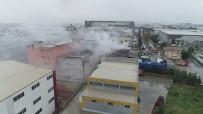 ORHANLı - Tuzla'da Geri Dönüşüm Tesisinde Çıkan Yangın Havadan Görüntülendi