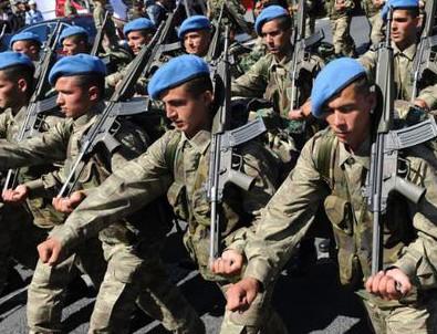 Askerlik süresi kısalıyor mu? TSK'da kritik toplantı