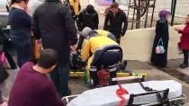 HÜRRİYET MAHALLESİ - Bilecik'te Otomobille Motosiklet Çarpıştı Açıklaması 1 Yaralı