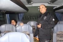 FEVZIPAŞA - Bilet Alamayınca Otobüsü Rehin Aldı