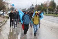 KURAN-ı KERIM - Çin'i Protesto Etmek İçin İstanbul'dan Ankara'ya Yürüyorlar