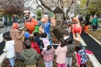 OYUNCAK MÜZESİ - Çocuklar Oyuncak Müzesinde Doyasıya Eğleniyor