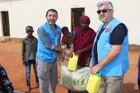 DENİZ FENERİ - Deniz Feneri'nden Somalili Mültecilere Yardım