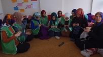 Elazığ'da Kadınlar, Yetim Ve Mülteciler İçin Örüyor