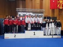 KARATE - Kağıtsporlu  Karateciler Avrupa'dan Başarılarla Döndüler