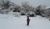 KOZLUCA - Manisa'nın Yüksek Kesimlerinde Kar Yağışı Etkili Oluyor