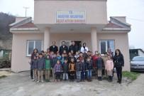 BOZÜYÜK BELEDİYESİ - Miniklerden Bozüyük Belediyesi Geçici Hayvan Barınağına Ziyaret
