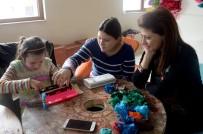 DÜNYA ENGELLILER GÜNÜ - Osmangazi'den Engelli Öğrencilere El Sanatları Eğitimi
