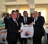 FARUK COŞKUN - Osmaniye'de Öğrencilere Eşofman Ve Spor Ayakkabısı Yardımı