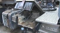 KAMYONCU - (Özel) Lüks Araçlarla Tırlardan Yakıt Hırsızlığı Kamerada