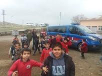 DEDEKTÖR KÖPEK - Polis Ve Jandarmadan Huzurlu Parklar Ve Okul Önü Uygulaması
