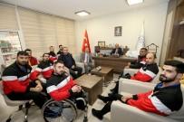 DÜNYA ENGELLILER GÜNÜ - Tekerlekli Sandalye Basketbol Takımı'ndan Büyükşehir'e Ziyaret