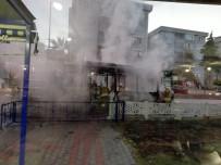 ÇANAKKALE BELEDİYESİ - Çanakkale'de Halk Otobüsü Alev Alev Yandı