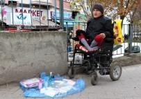 YAŞAM MÜCADELESİ - Engelli Gencin Hayat Mücadelesi Yürek Burktu
