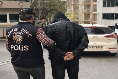 Polislere 'rüşvet' gözaltısı