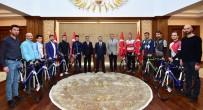 TÜRKIYE BISIKLET FEDERASYONU - Kocaeli'de Spor Kulüplerine Bisiklet Hediye Edildi