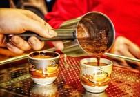TÜRKLER - Müzede Kahve Molası