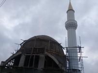 YENI CAMI - Otoban Üstü Camii'nin Minaresi Tamamlandı