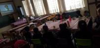 KELOĞLAN - Şuhut'ta Minik Öğrenciler İlk Kez Sinema İzlemenin Tadını Çıkardı