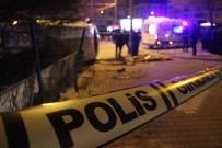HATALI DÖNÜŞ - Göreve Giden Polis Aracı İle Otomobil Çarpıştı Açıklaması1 Şehit, 4 Yaralı