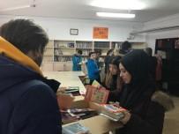 MEHMET KıLıÇ - Köy Okulu Kütüphanesine 650 Adet Kitap Yardımı
