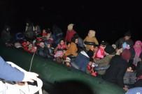 DAVUTLAR - Kuşadası Körfezi'nde 39'U Çocuk 60 Kaçak Göçmen Yakalandı