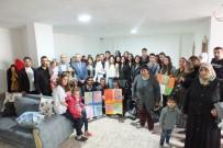 SAĞLIK PERSONELİ - Lise Öğrencilerinden Engellilere Moral Ziyareti