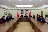 KAYAK MERKEZİ - Vali Mehmet Emin Bilmez, Turizm İşletmecileriyle Toplantı Yaptı