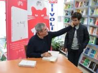 SÖZCÜ GAZETESI - Balıkesir'de Gazeteci Yılmaz Özdil'e Büyük İlgi