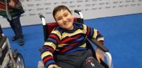 ÇEVRE VE ŞEHİRCİLİK BAKANI - Cumhurbaşkanlığı Özel Kalem Müdürü Doğan Engelli Çocuklarla Bir Araya Geldi