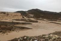 SU TAŞKINI - Duhok'ta Baraj Çöktü
