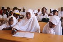 DENİZ FENERİ - Somalili 9 Çocuk Annesinin Eğitim Aşkı