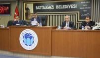 YAYA KALDIRIMI - Battalgazi Belediye Meclisi Şubat Ayı Olağan Toplantısını Yaptı