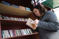 BOSTANLı - Karşıyakalılar Kitap Değişimini Çok Sevdi