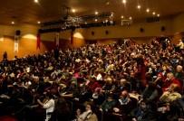 MALTEPE BELEDİYESİ - Tek Perdelik Komedi Açıklaması 'Patates' Maltepe'de Sahnelendi