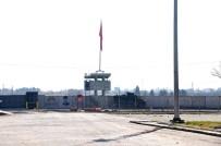 ZIRHLI ARAÇLAR - Telabyad Sınırında Sessizlik Hakim