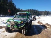 OFF ROAD - Yaylada Araçlarıyla Mahsur Kaldılar